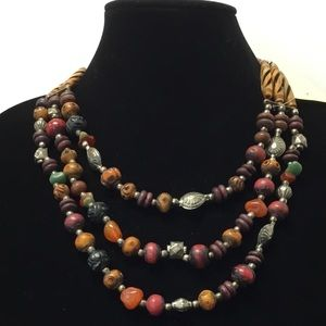 Jewelry - 3/$20 tier 3 linked beaded necklace